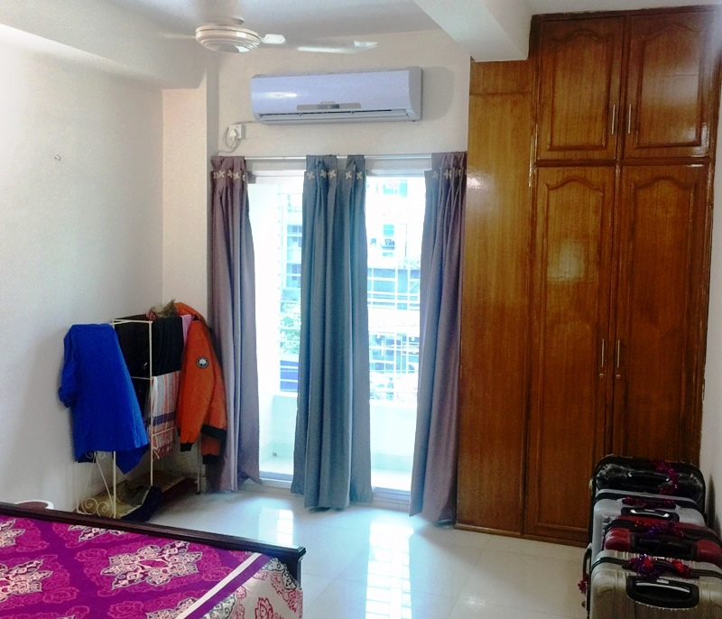 Furnished Apartments For Rent: 1300 Sq.feet (3 Bed Room) Fully Furnished Service