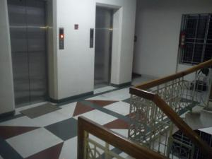 2nd Floor Lift Area